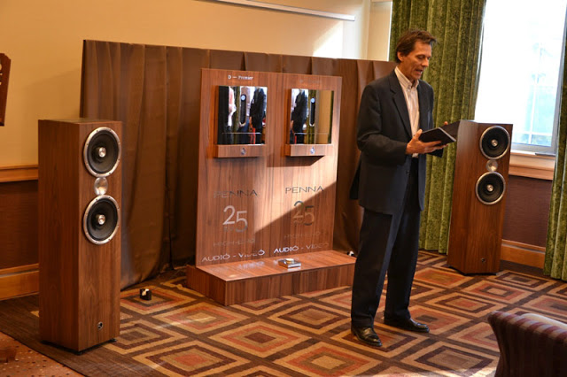 Peter Denko demonstrates Zu Omen Definition and monobloc Devialet D—Premier with wifi interface.