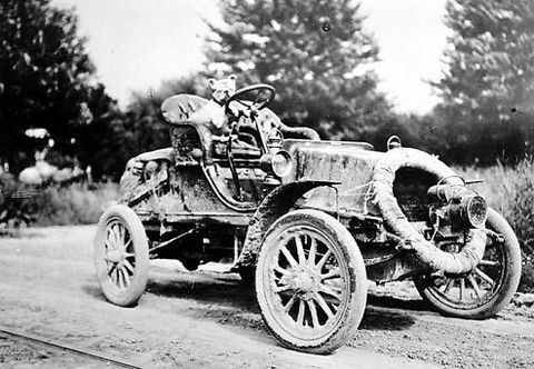 In the spring and summer of 1903, Horatio Nelson Jackson, Sewall Crocker, and Bud the dog completed the first transcontinental automobile trip. Courtesy Special Collections, University of Vermont Library