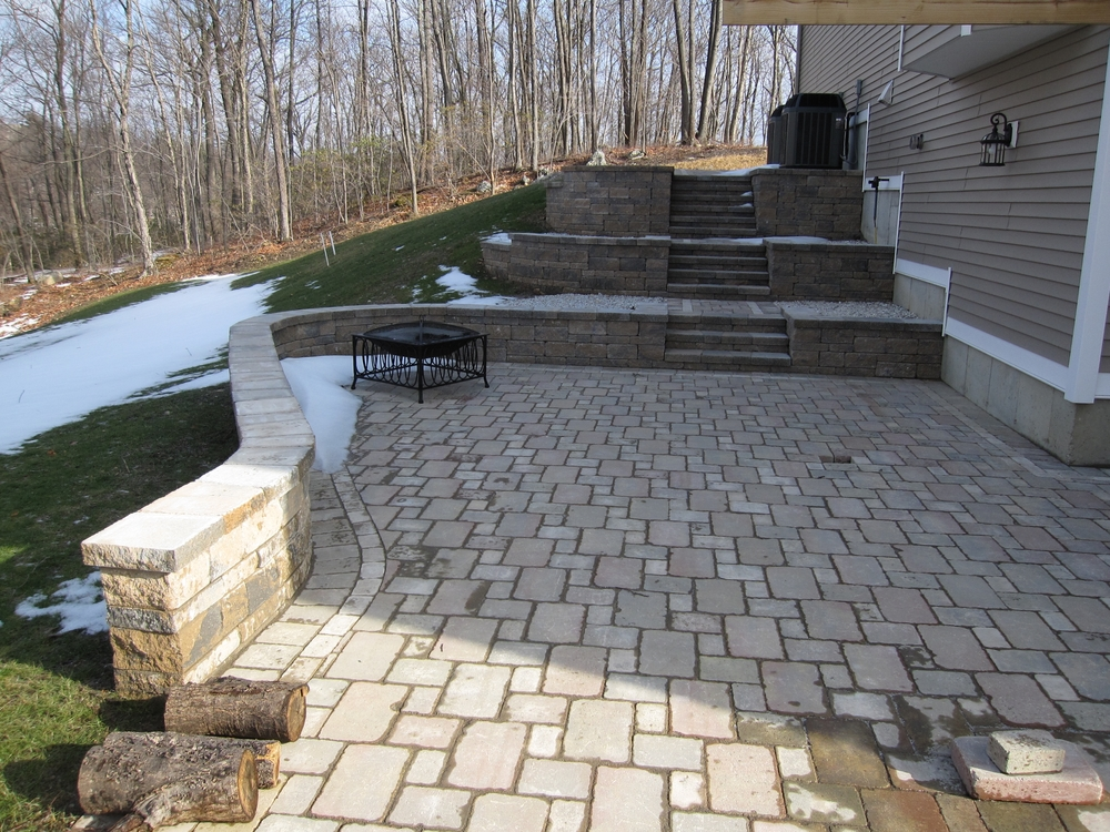 13 Farmridge Patio.JPG