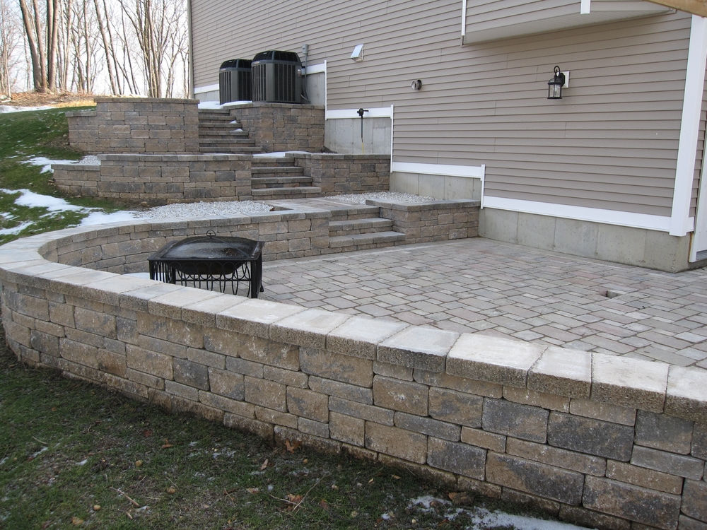 13 Farmridge Patio2.JPG