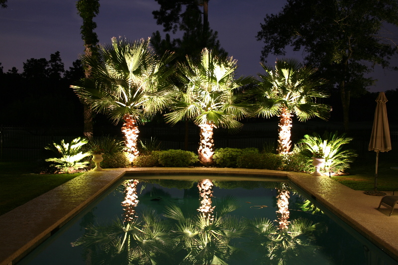 POOL & DECK LIGHTING