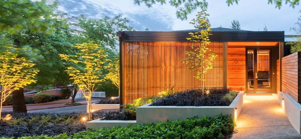 West Hills Modern_Exterior_2.jpg