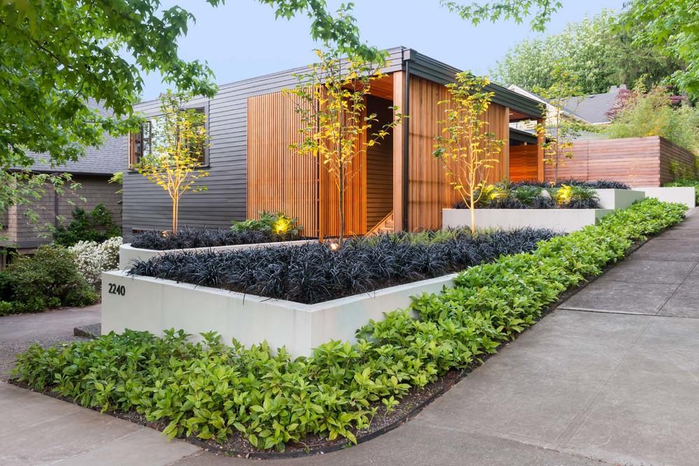 West Hills Modern_Exterior_4.jpg