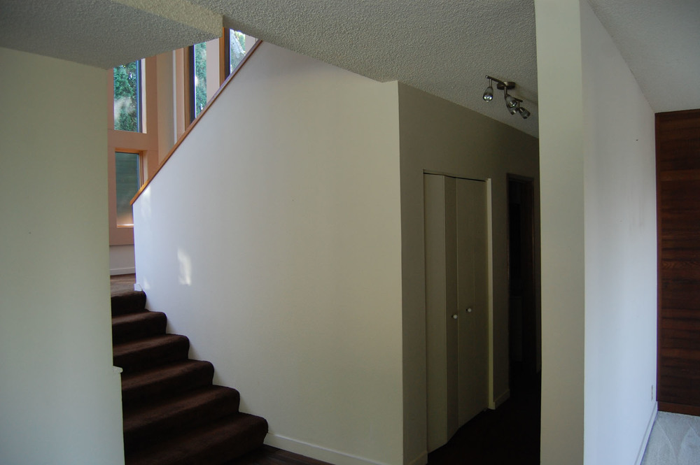 skyline_stair_before.jpg