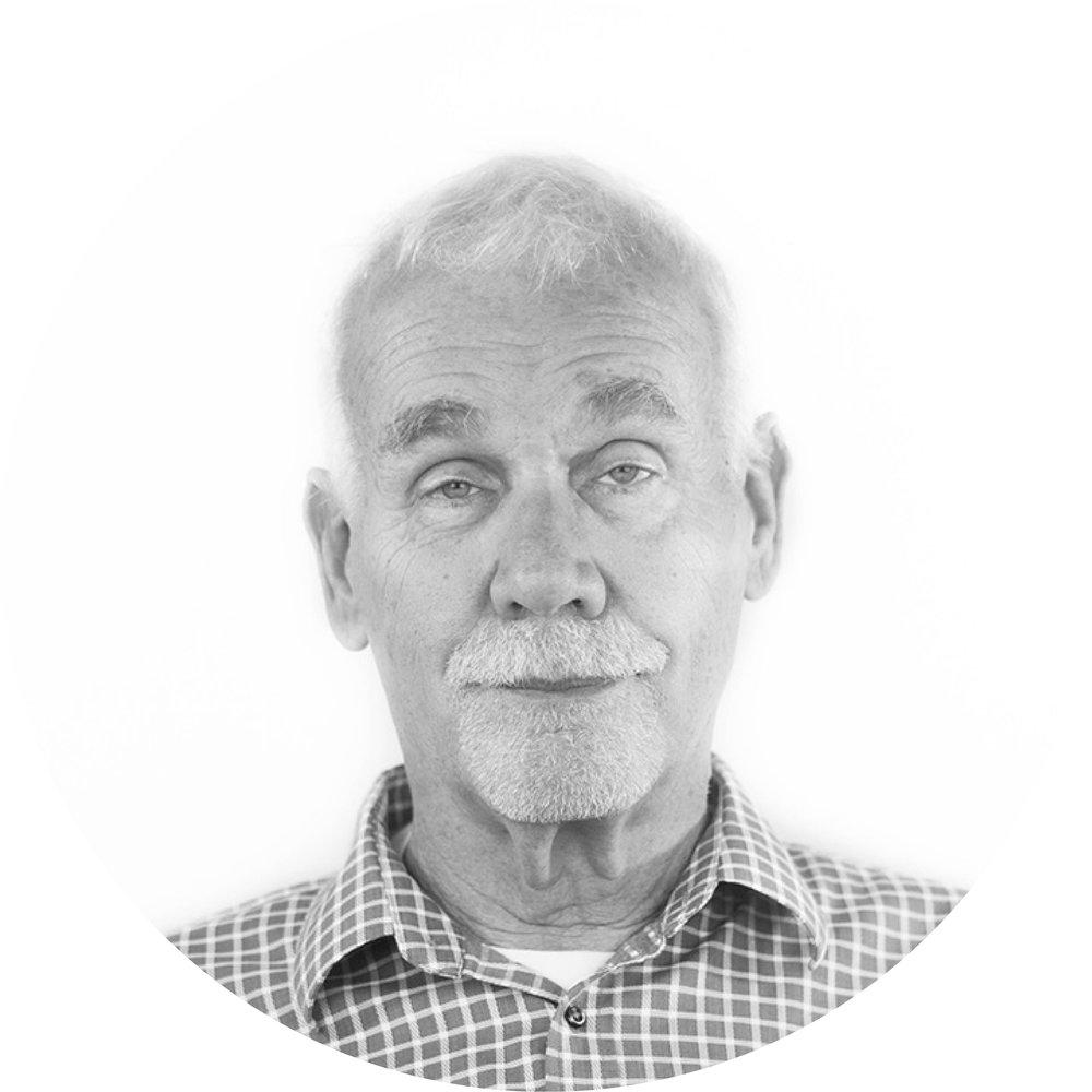 DANIEL P. KLUTE, AIA