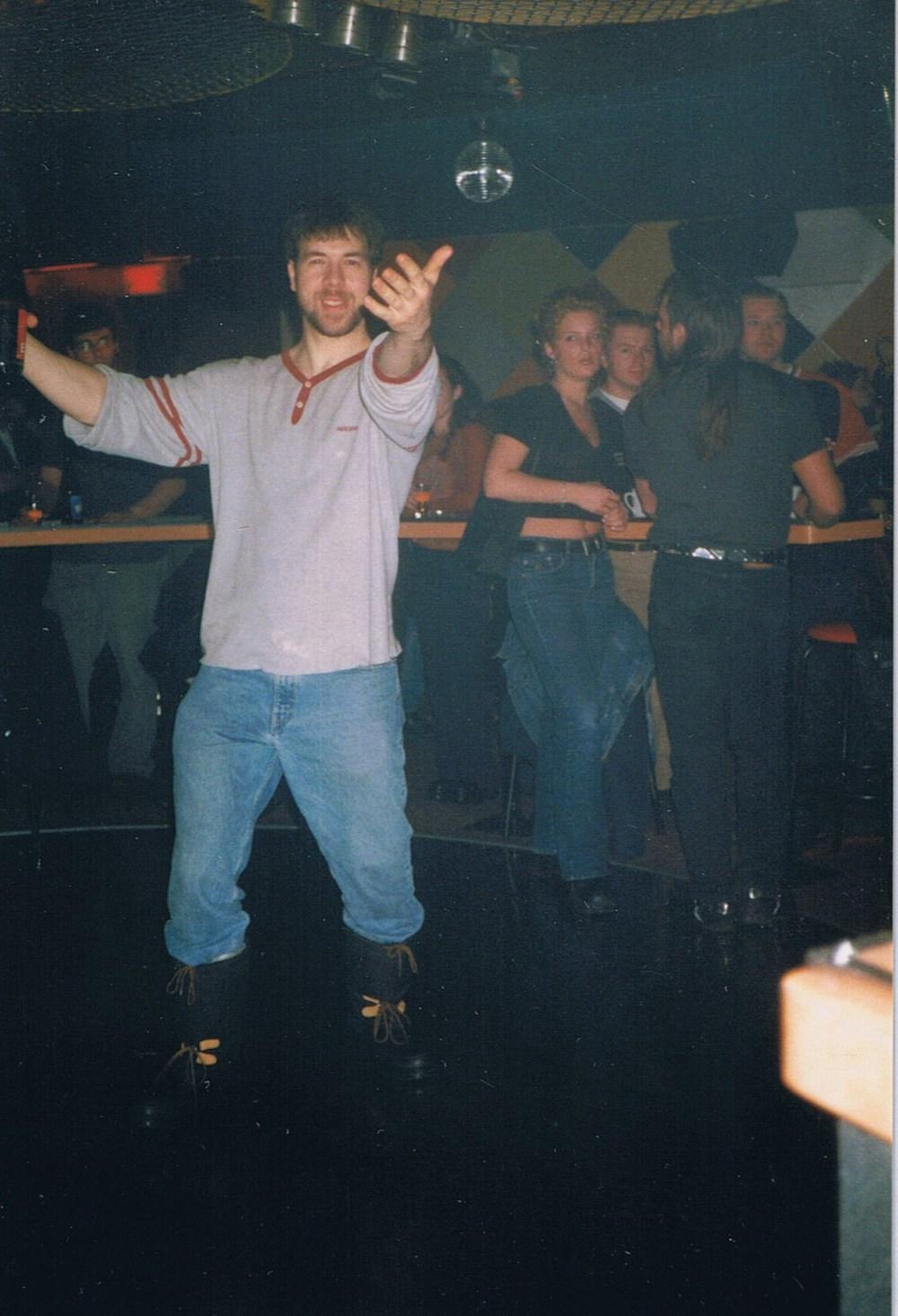 Ray doing his MOON walk on the dance floor