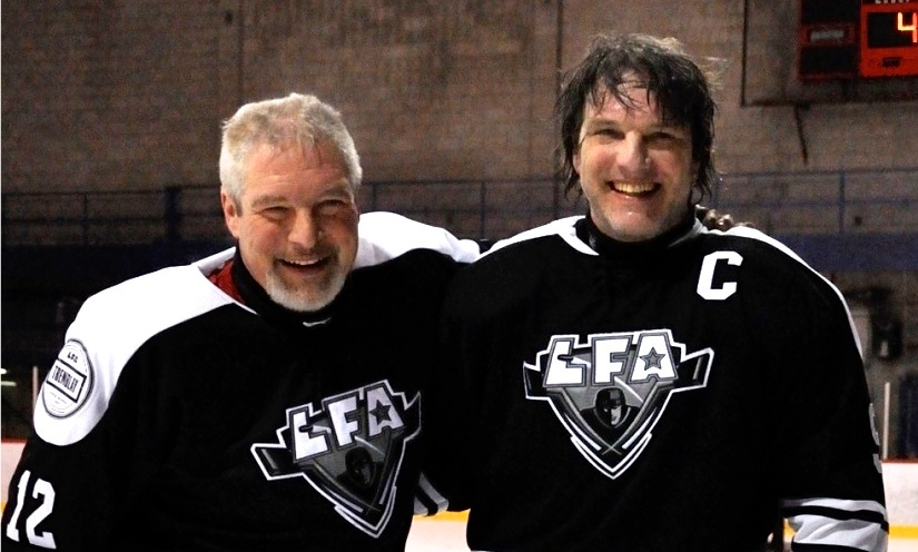 HOCKEY BROTHERS, PAUL & Larry quesnel AFTER THEIR FIRST EVER GAME TOGETHER LAST SATURDAY.(PHOTO LISETTE NEPVEU)