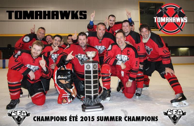 les tomahawks de rouge horizon , champions de la saison inaugurale d'été 2015 (photo Michaele Wees)