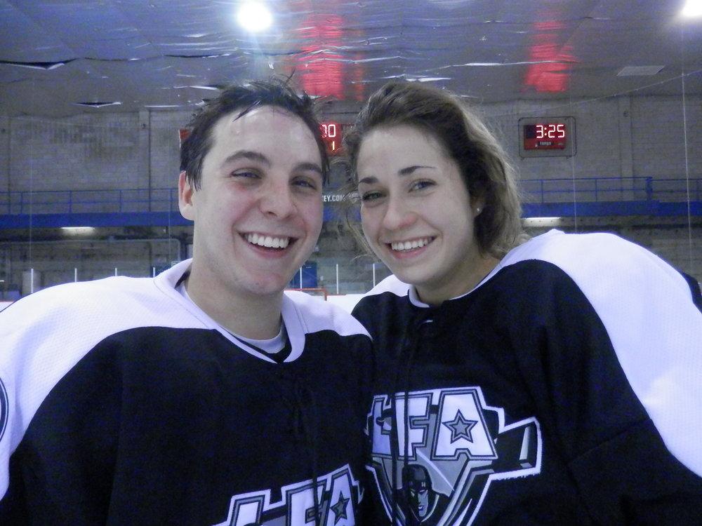Ben Fillion et Danaé Guay, un couple, ont chaussé les patins dans la même équipe lors du premier match de la saison 2016-2017