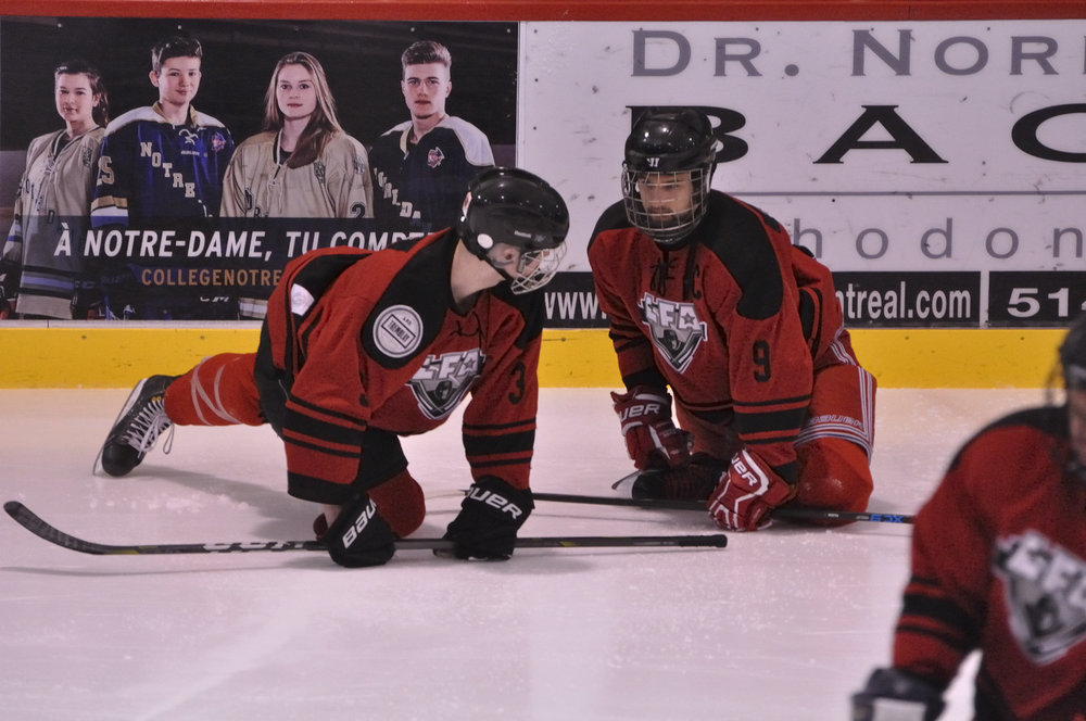 The Rhinos were preparing themselves for another victory, which never came this time (Photo Lisette Nepveu)
