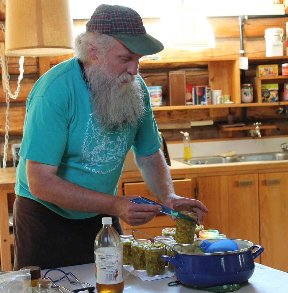 Mark Vail demonstrates how to pack jars for canning