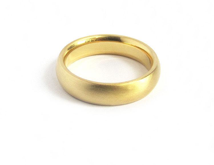 Smooth HalfRound 18k Gold Wedding Band Quercus Raleigh