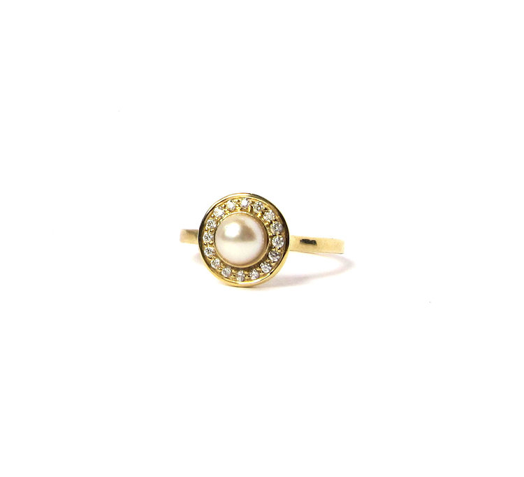 instagram vintage look rings gold gols so pearl michelliadesigns via a jewellery round engagement rose for romantic oh beautiful