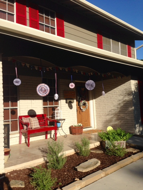 Front porch decorated!