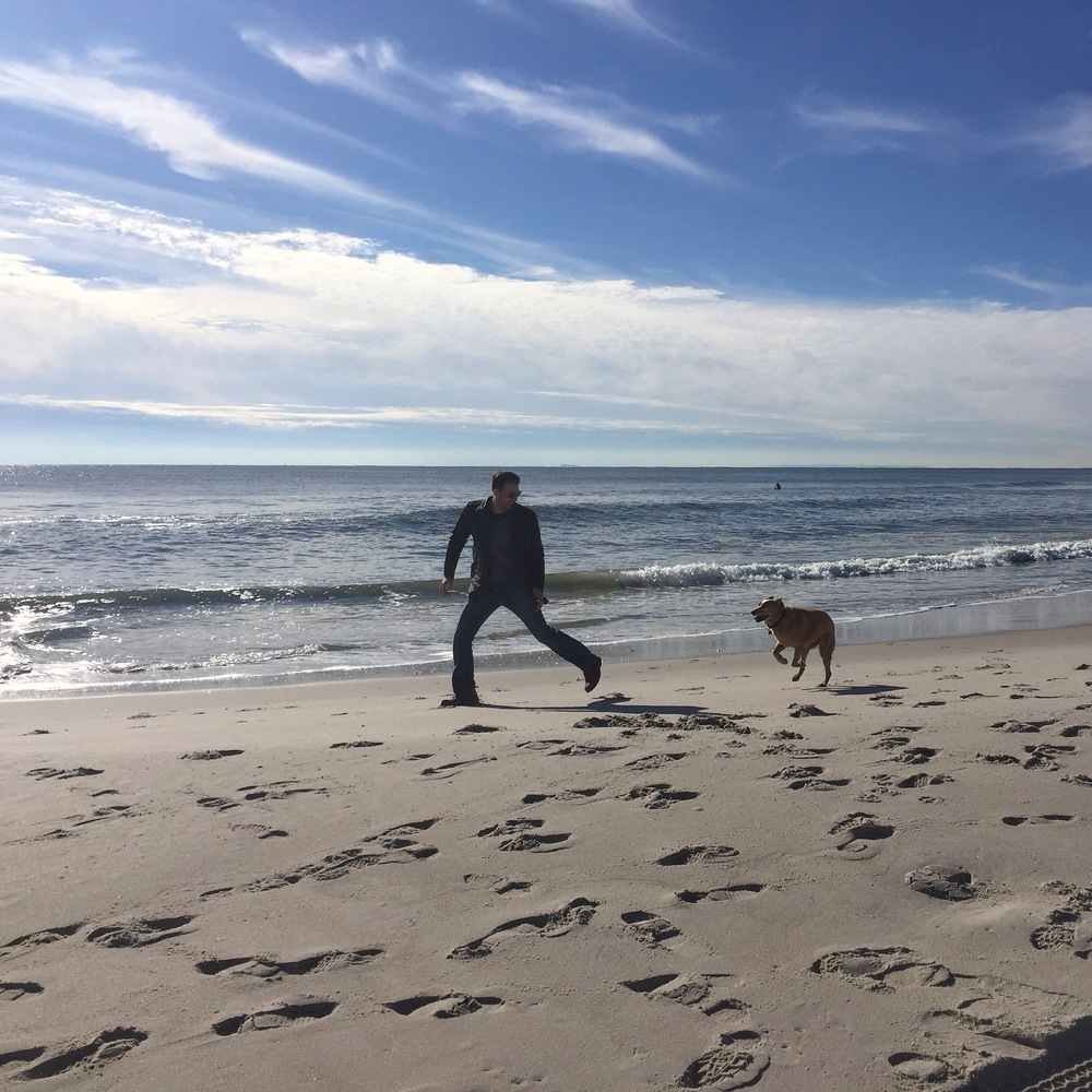 Keith and Aurora running on Long Beach, NY