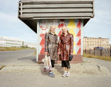 Motherland 2 (Twins, Elena and Vera Karnova, Magadan,Far East Russia. August 2004)    C-type print; edition 5/10