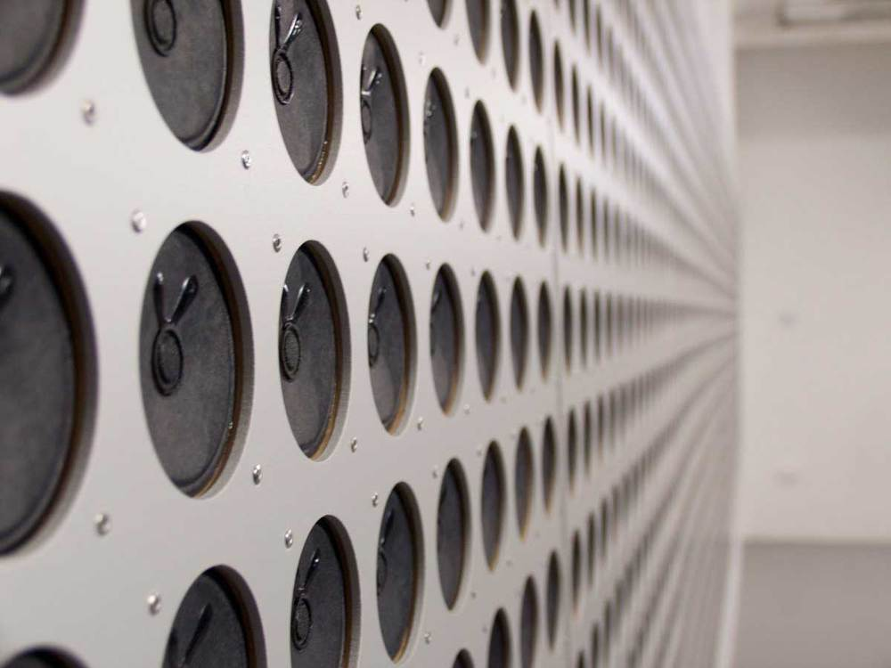 Tristan Perich. Microtonal Wall. 2011. 1,500 1-bit speakers, microprocessors, aluminum. Installation at Lydgalleriet, Bergen, 2011.