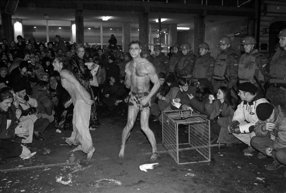 SonjaVukičevićSlobodanBeštićMacbethCivilProtest1996-97.jpg