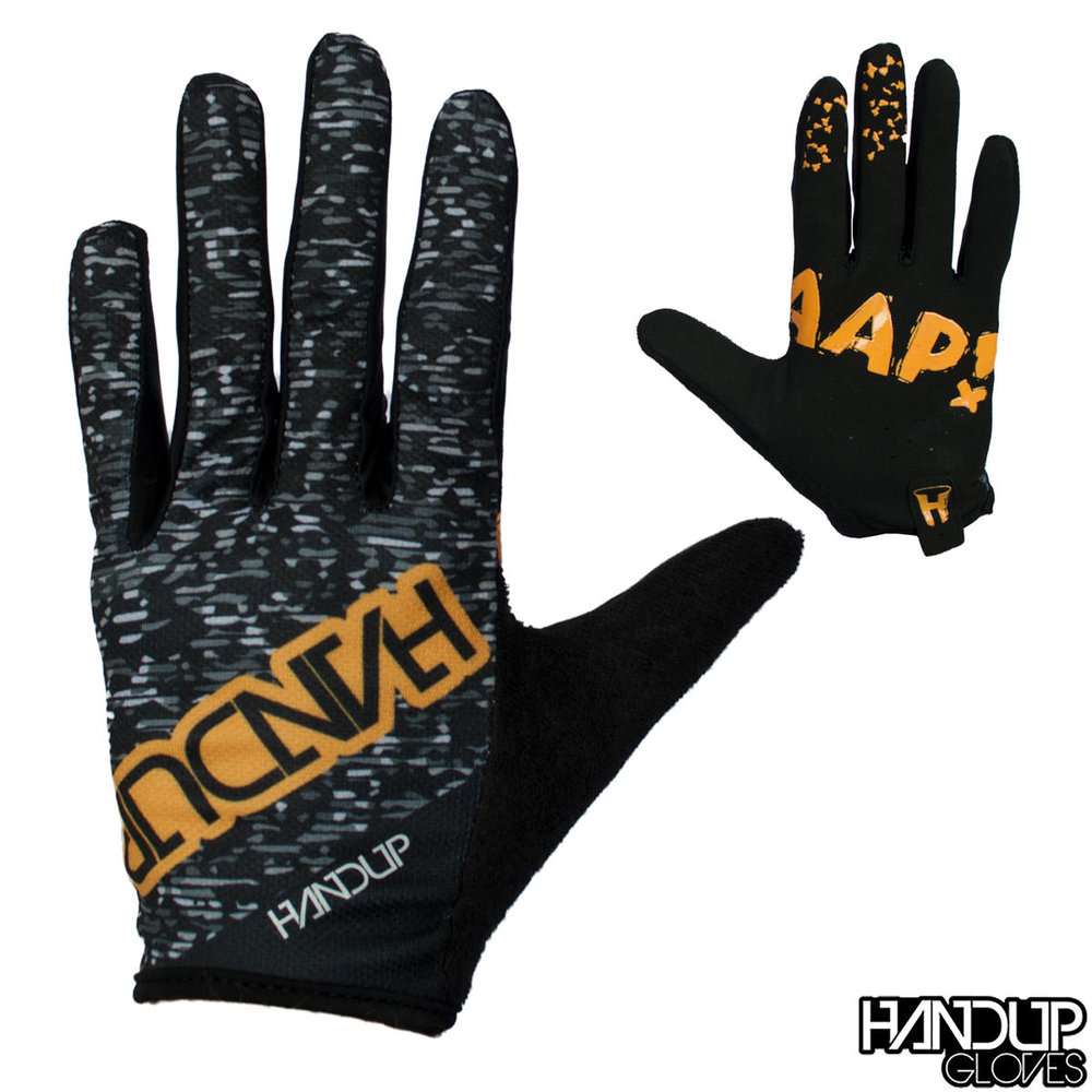 braaap static black and white mountain biking glove