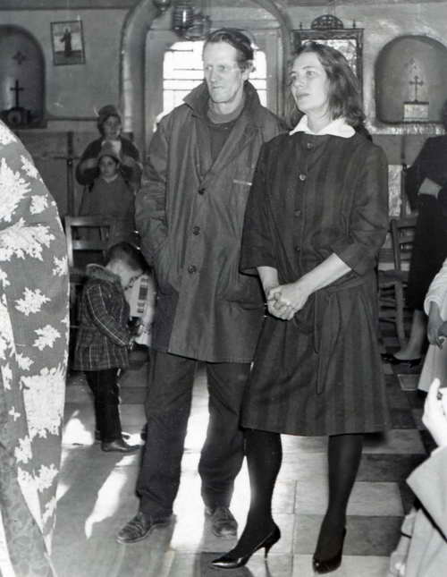 George Johnston and Charmian Clift in an eastern orthodox church on Hydra (1956).