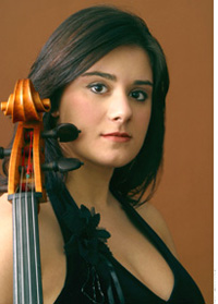 Laura Buruiana , cello