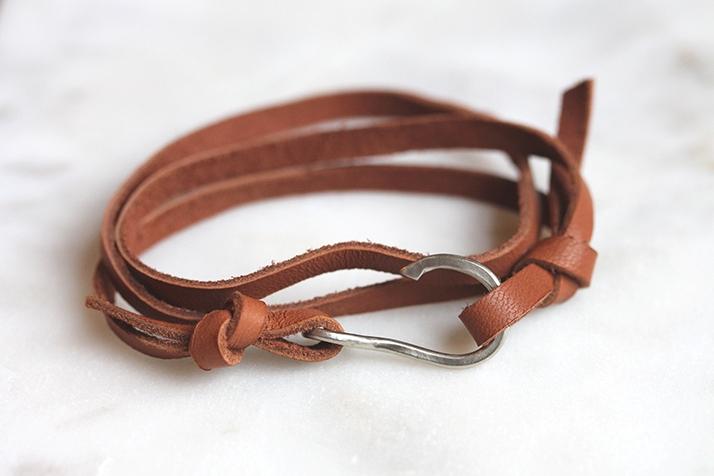 custom+white+gold+and+leather+bracelet.jpeg
