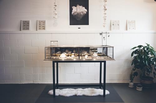 Sarah Swell Showroom in Sausalito by Eva Kolenko