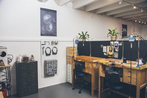 Sarah Swell Studio in Sausalito photographed by Eva Kolenko
