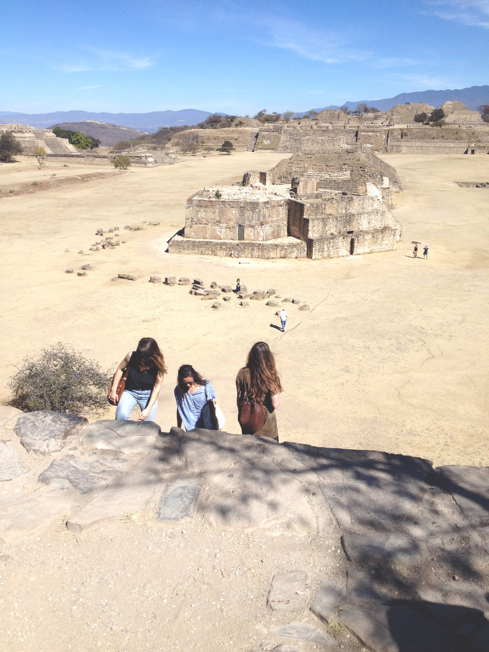 Monte Alban with  Sarah ,  Elissa  and  Aimee