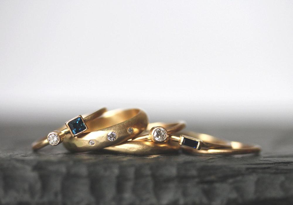 Azure,   Diamond Alcott ,  Diamond Oaxaca,  and  Alcott  bands