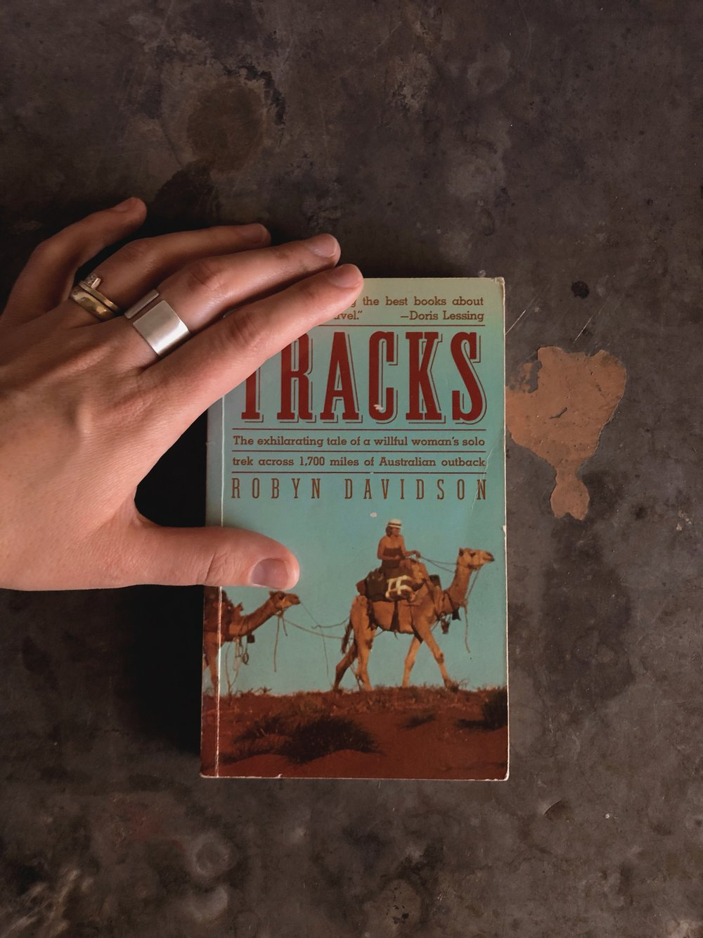 Tracks by Robyn Davidson, with the  12mm Davidson ring