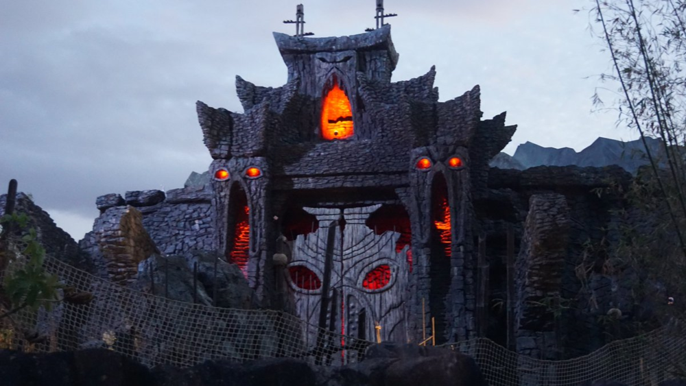 Lighting test at Reign of Kong (taken by @Attractions - follow them on Twitter.)