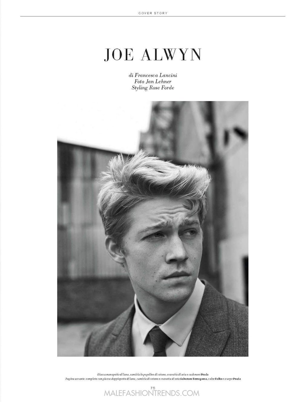 joe-alwyn-lofficiel-hommes-italia-fall-2016-03.jpg