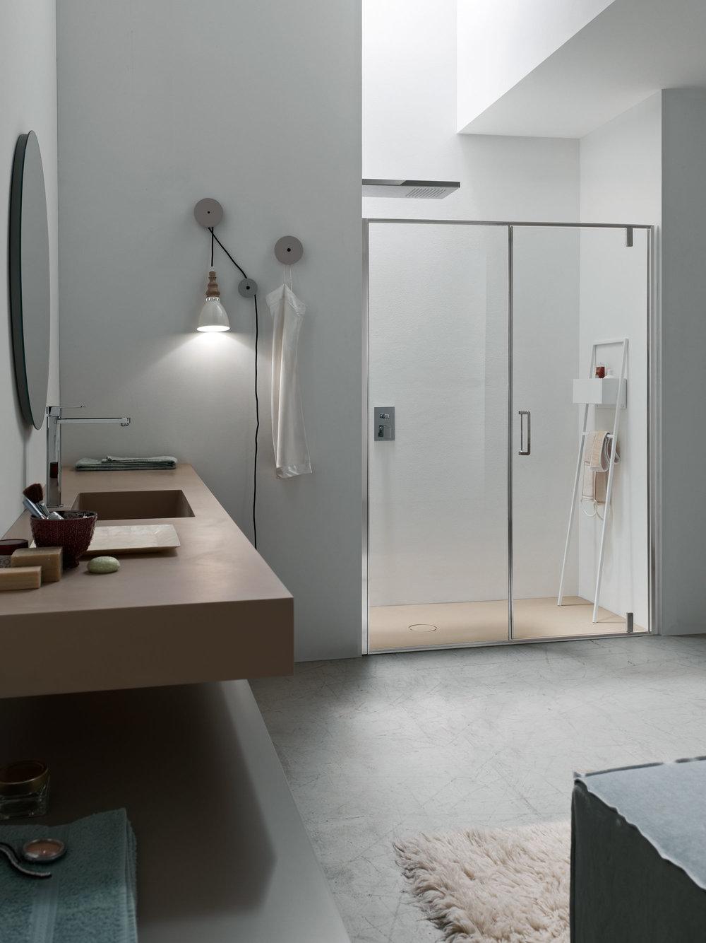 total look - piatto e piano top lavabo coordinati