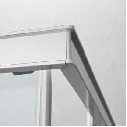 ANGOLO A 45° - Il giunto angolare a 45° è il punto d'incontro dei profili perimetrali.