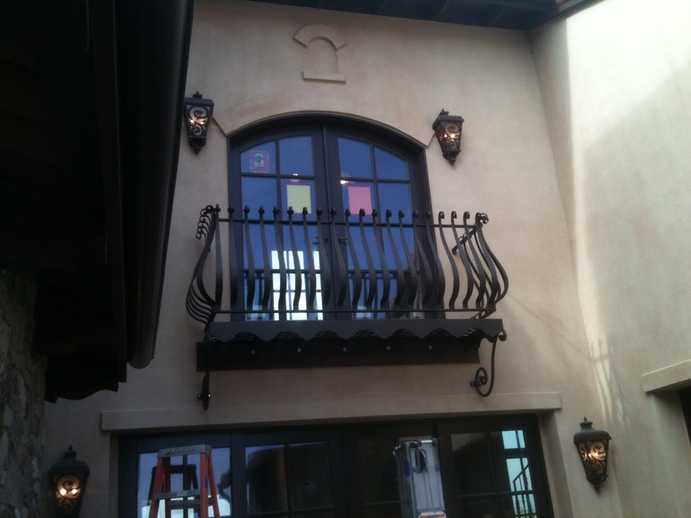 juilet balcony