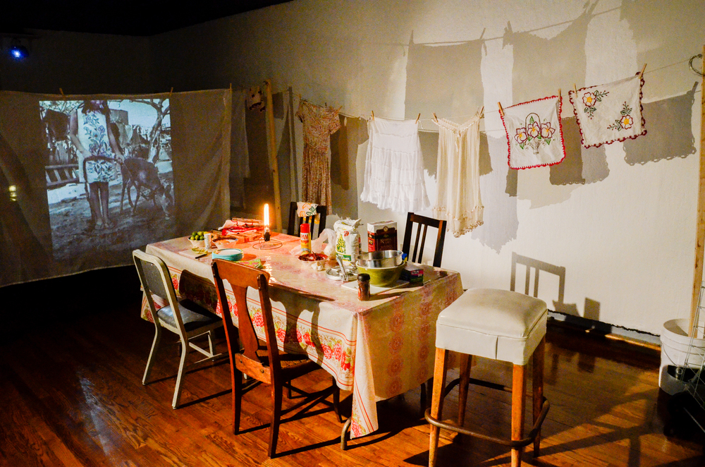 Images and audio of my trips to Mexico, projected onto a clothesline, which acts as a stage for food preparation and conversation around a dining table.