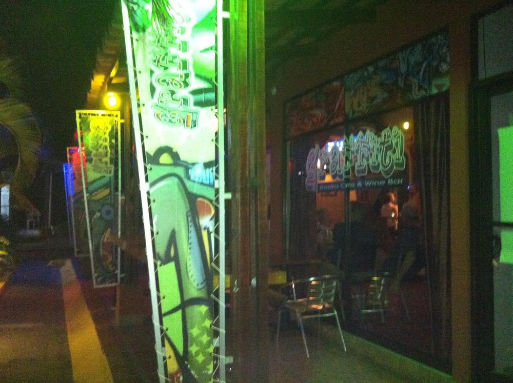 Graffiti Resto in Jaco