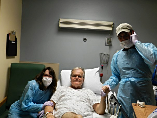 Liz's siblings Kit & Patrick hanging with Mick during his last pre-surgery dialysis session.