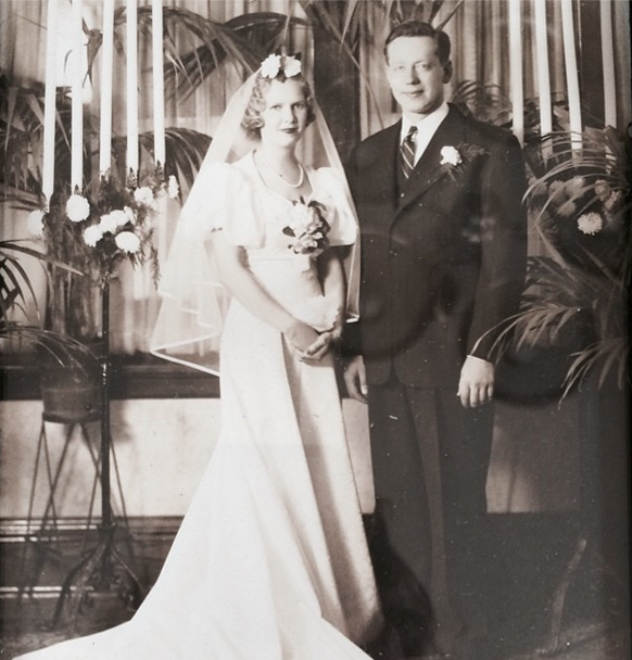 Dorothy Marie Jensen on the day she married Arnie Stromberg in 1939.