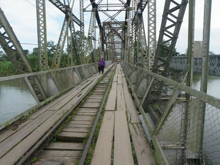 All that stands between you and Costa Rica is this totally not sketchy bridge.