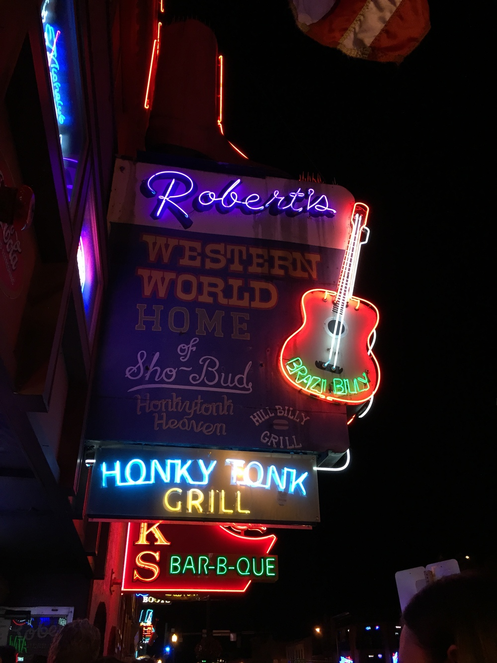 Robert's Western World: My most favoritest bar in all the honky tonk land!
