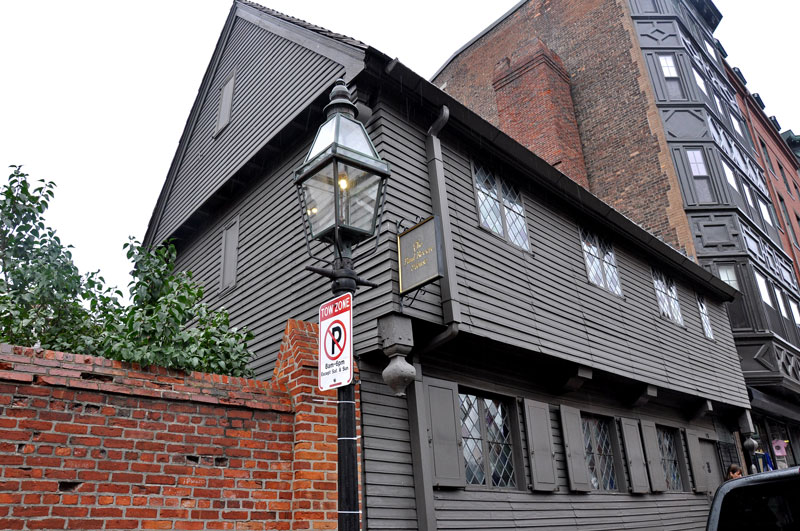 Paul Revere does not live here anymore.  |  Revere House - Boston