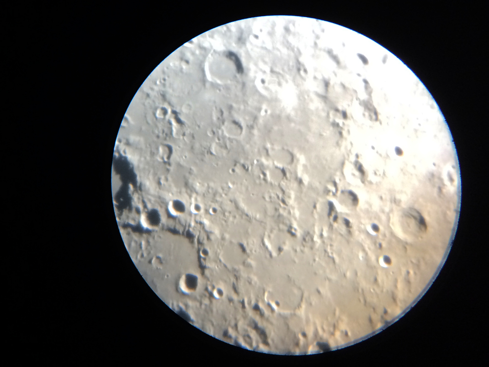 The view through the DDO's 100mm eyepiece when pointed at the moon. #iPhone