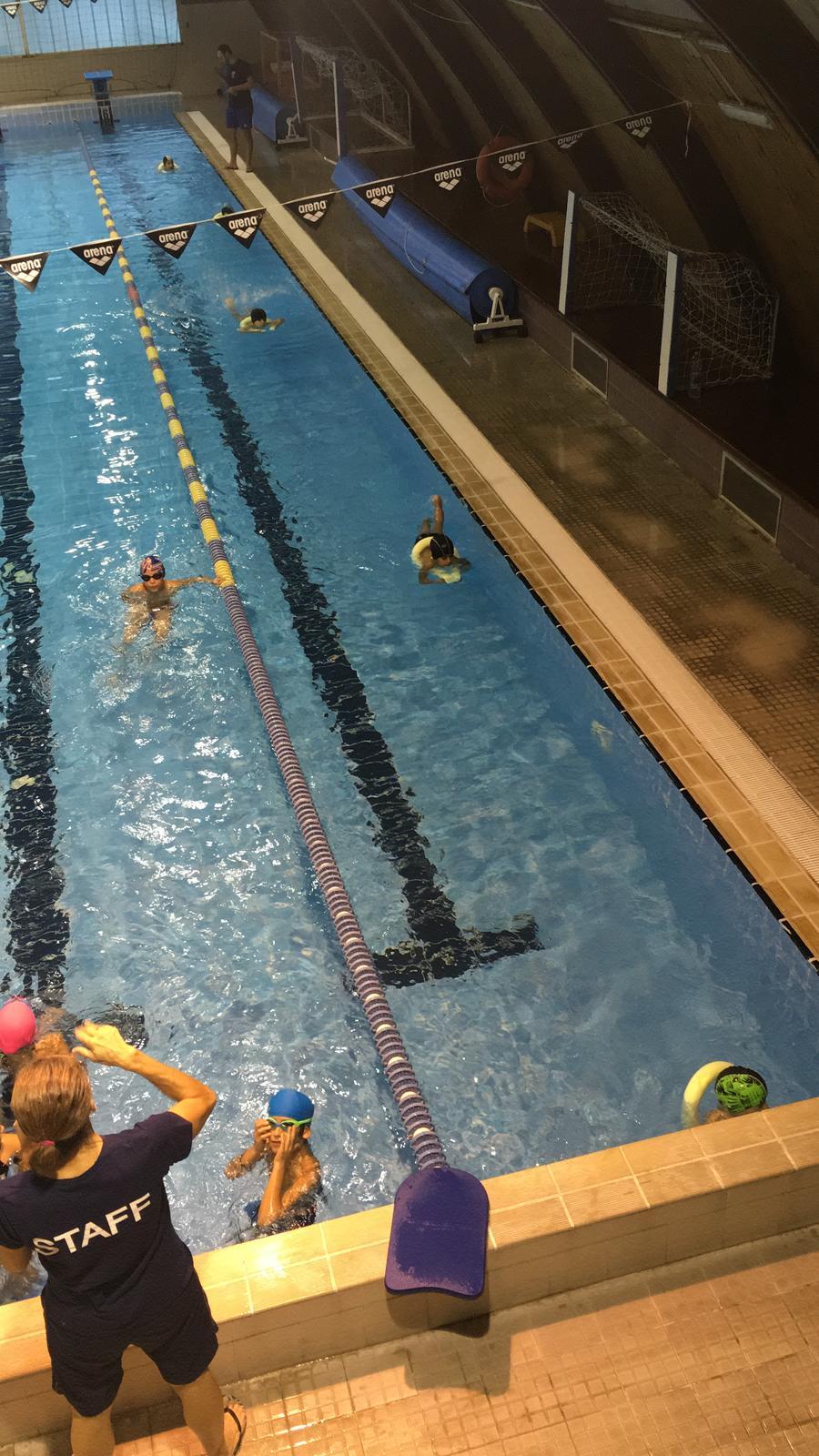 - No puedes poner un límite a nada. Cuanto más sueñas, más lejos llegas.Michael Phelps