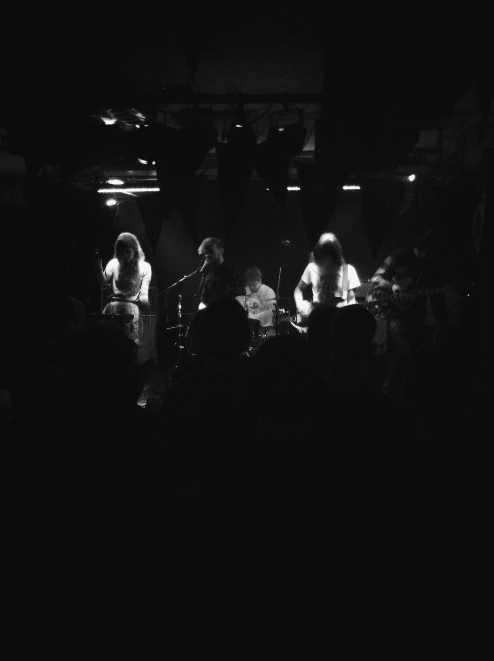 Oyama performing at Hurra