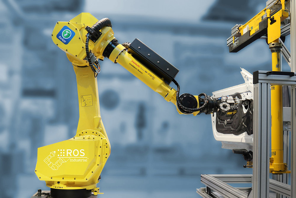 the ros-i powered fanuc m710 on display at Automatica 2016