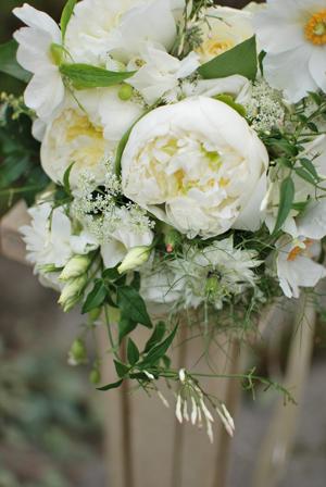 white-peony-bouquet-3.jpg