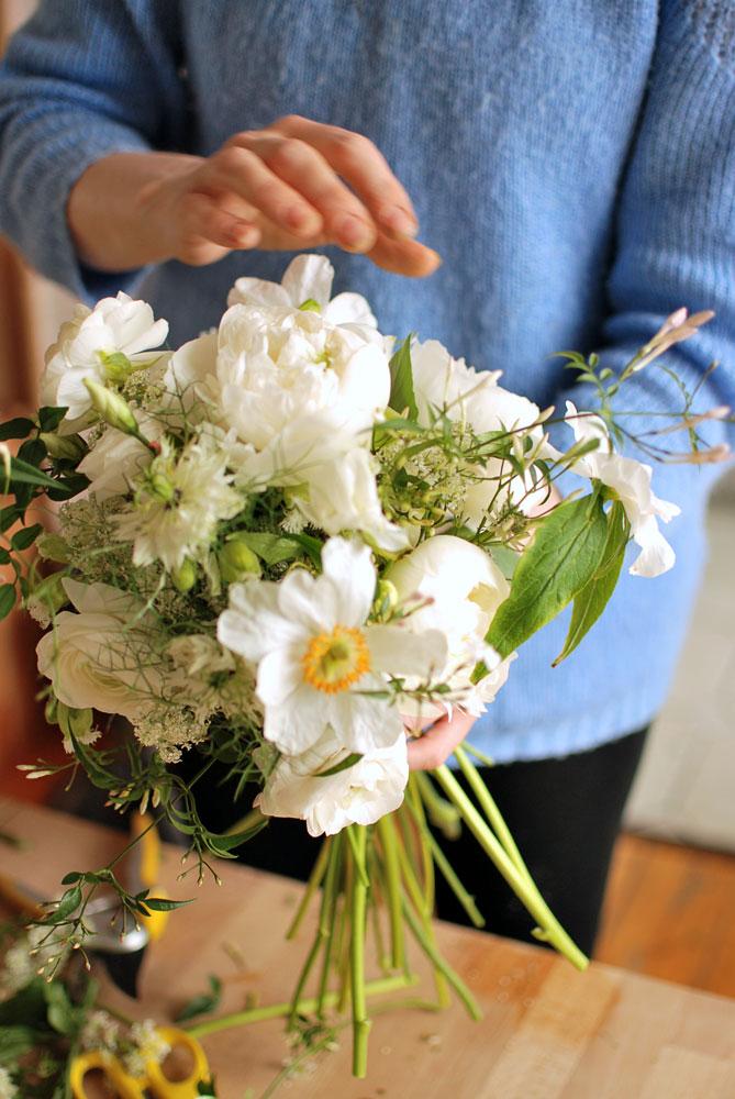 White-Peony-Bouquet.jpg