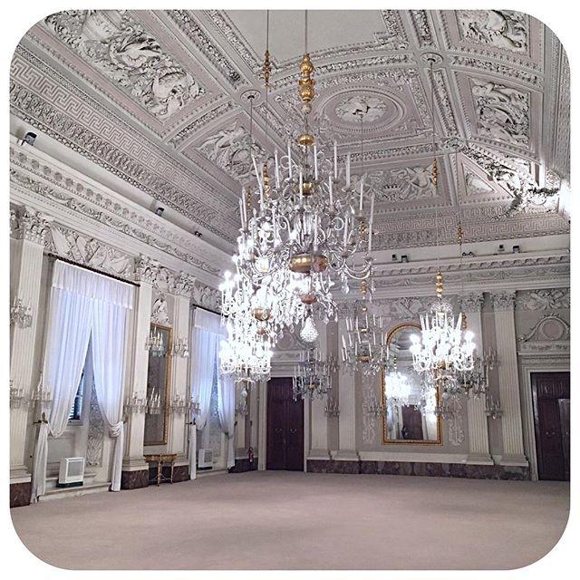 Italian royalty!  #travel #italy #florence #royalty